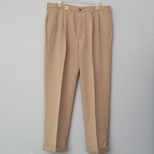 Mens Haggar pleated pants
